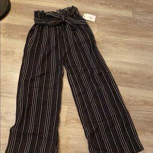 Billabong Flowy pants